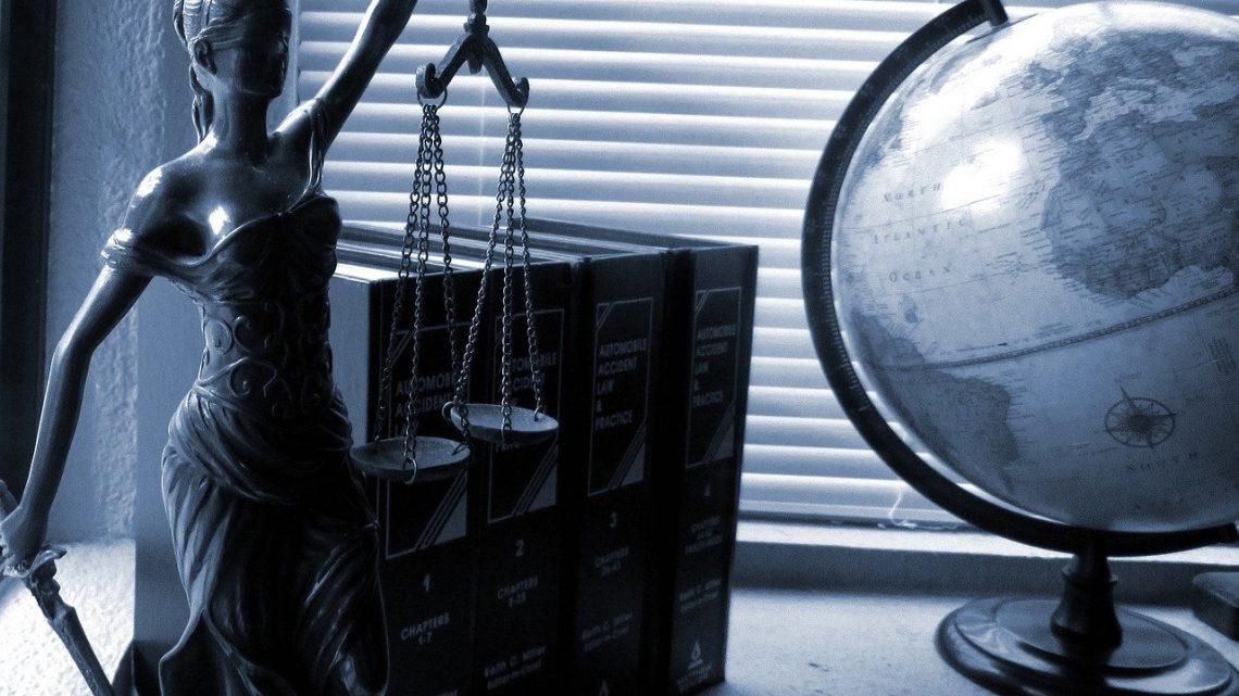 Kiedy warto zgłosić się do adwokata?